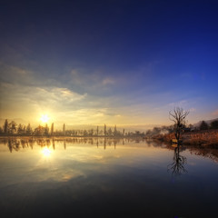 A winter sunrise trilogy {Acte 3} {EXPLORED - FrontPage} (Girolamo's HDR photos) Tags: morning winter light sky sun mist lake france mountains nature clouds sunrise canon reflections french landscape photography savoie hdr rayoflight girolamo photomatix tonemapping idream canoneos50d lacsaintandr cracchiolo omalorig wwwomalorigcom gettyimagesfranceq1