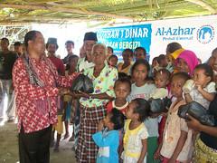 Dari Sumatera Barat hingga NTT (AL-AZHAR PEDULI) Tags: alazhar zakat qurban peduli sedekah