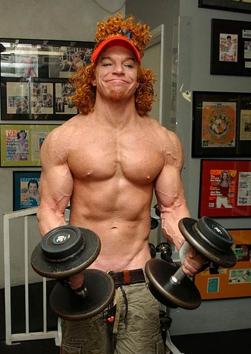 2009-03-12-carrot_top_buff2