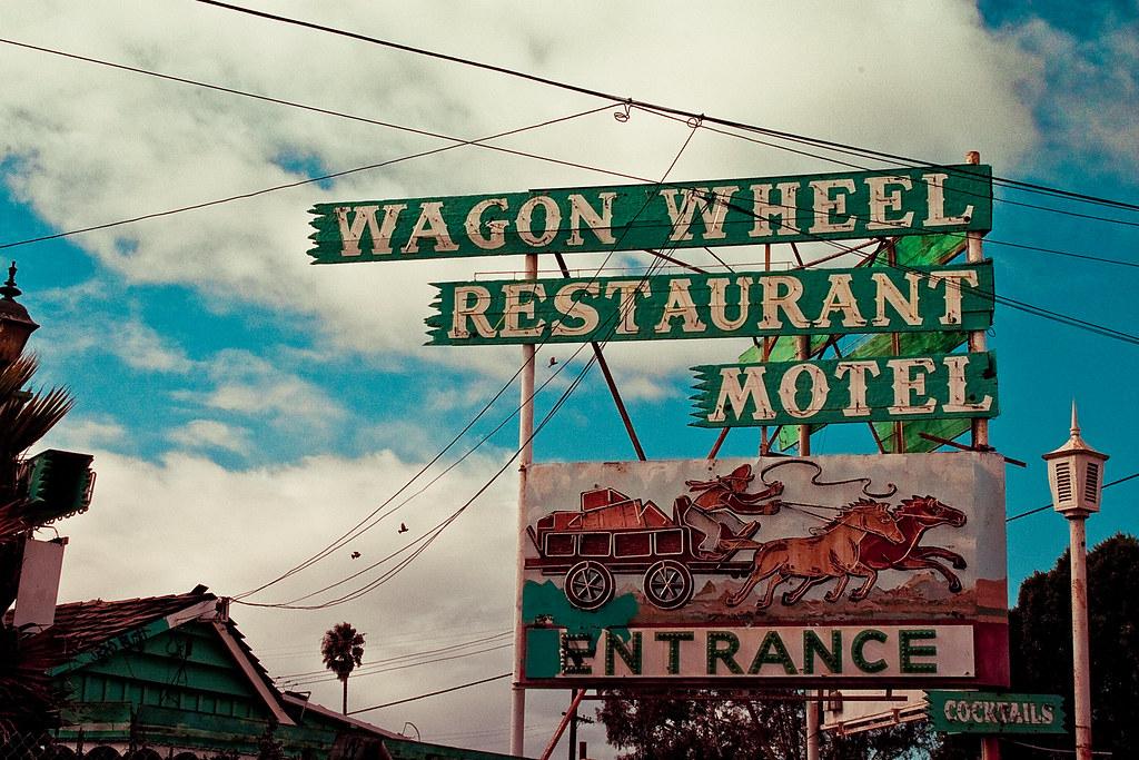 Wagon Wheel Motel - Entrance