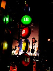 m&ms (al-absi) Tags: ny newyork sign shop square mms manhattan olympus times mm 1442 e620