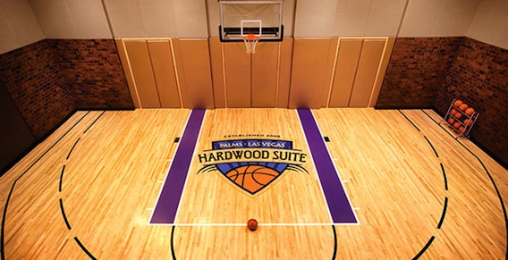 The Palms - Hardwood Suite-4