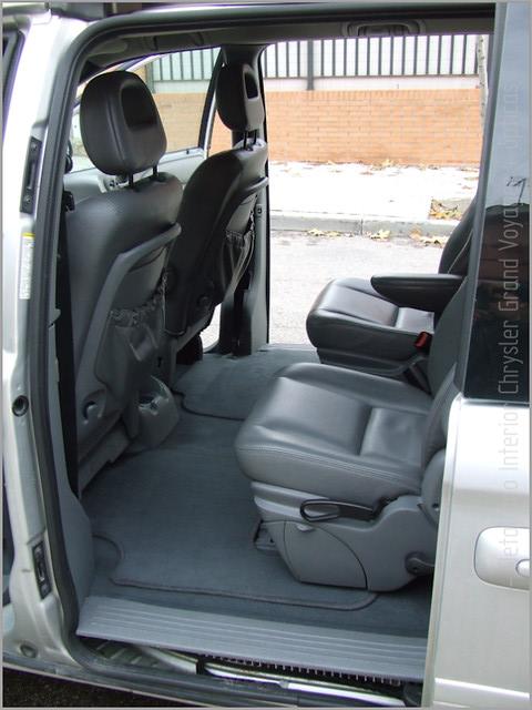 Chrysler Grand Voyager - Det. int. </span>+ opticas-40