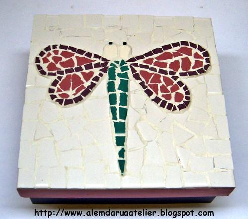 caixa em mosaico
