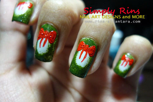 Christmas Nail Art Wreath 03