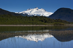 Lago Hess y Cerro Tronador / Bariloche (Facu551) Tags: patagonia lake argentina argentine reflex reflejo bariloche hess rionegro patagoniaargentina sancarlosdebariloche cerrotronador lagohess