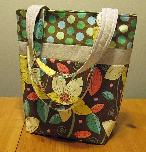 tote bag with dots and linen accents
