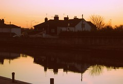 the white house revamped (tallulahminky) Tags: sunset england sky reflection water sparkles skies shadows great norfolk east lovely yarmouth greatyarmouth eastanglia anglia sillohettes tallulahminky loversofgreatyarmouthandsurroundingareas
