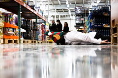 FDT: shop 'til you drop edition...355/365 (~ cynthiak ~) Tags: selfportrait elf costco 365 selfie facedown shoptilyoudrop fgr explored fdt facedowntuesday hfdt