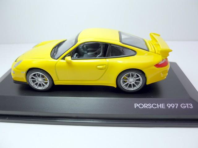 Yat Ming Signature Porsche 997 gt3 (1)