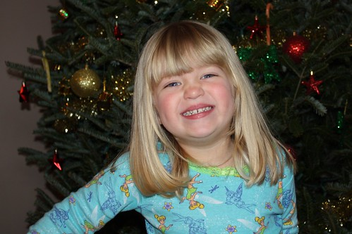 "Pre-Christmas: ""Mommy, take my pitcha wif da Christmas tree"""