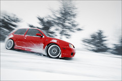 Snow Day (Ronaldo.S) Tags: red snow vw fun nikon tokina tornado f28 drift r32 d90 1116mm