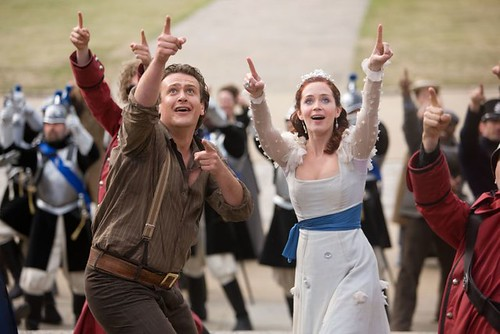 jason segel and emily blunt in GULLIVERSTRAVELS