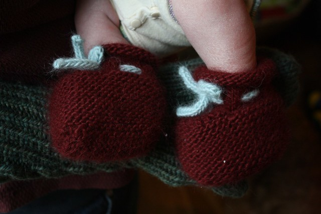 quickly knit booties