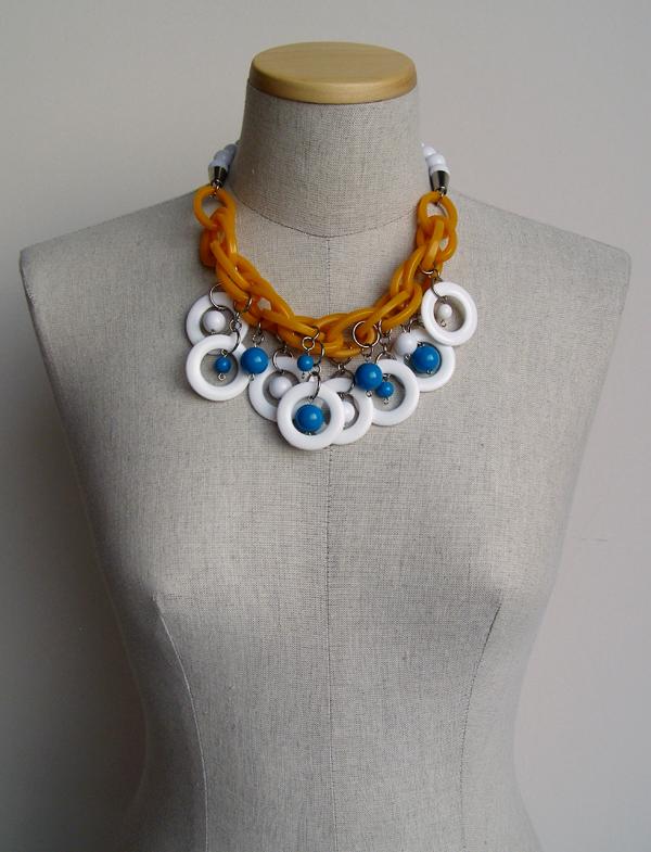 a_s_proto by anu samarüütel berry necklace 9