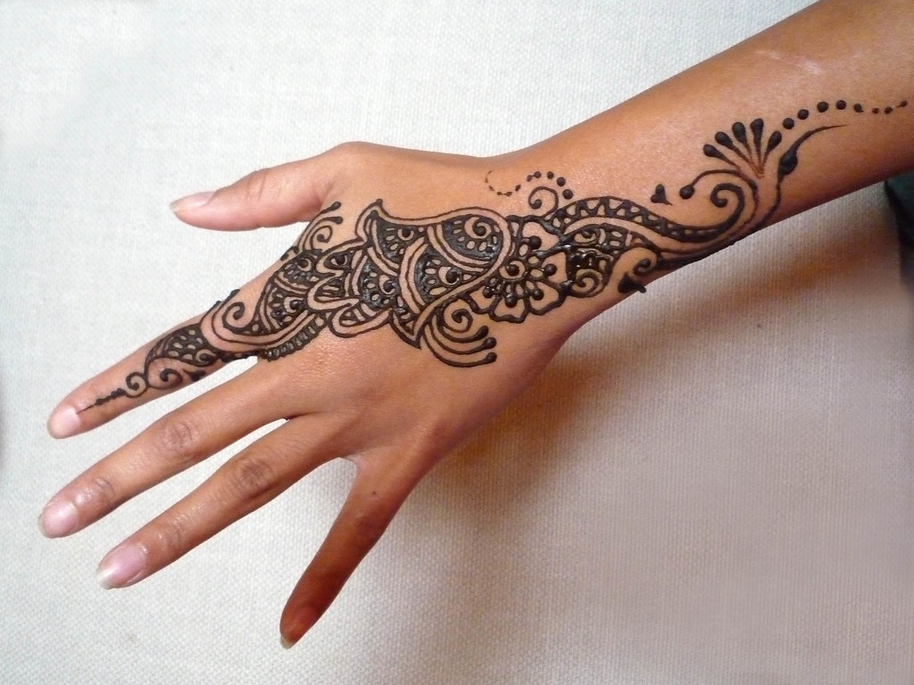 Mehndi Hand With Eye : The world s best photos of hamsa and mehndi flickr hive mind
