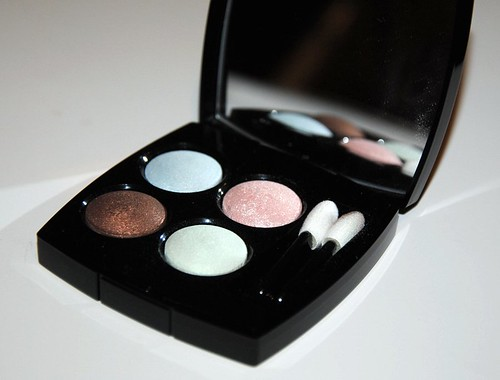 Chanel 17 Promesse eyeshadow palette