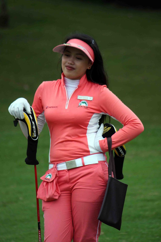 lady golfers dating Free golf dating for golf singles, 100% free online dating, personal ads, matchmaking service for singles at dateagolfercom.