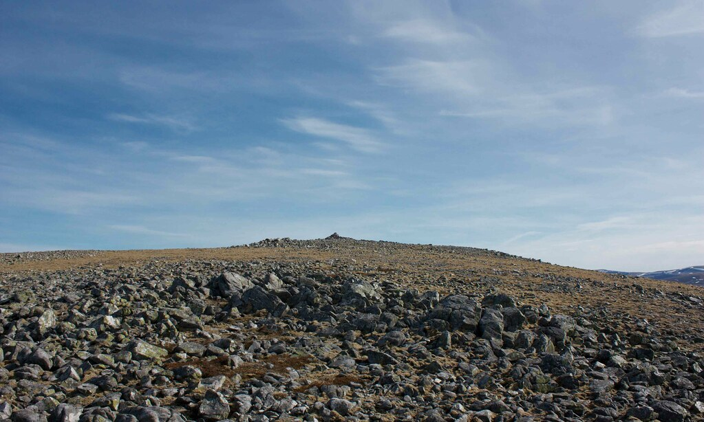 Approaching summit of Carn an Righ
