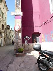 Graffiti - Split, Croatia (ashabot) Tags: graffiti croatia splitcroatia pink street streetart