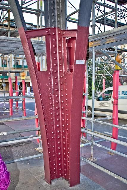 Vena roja hematites Somorrostro, ¿el nuevo color del Puente Colgante?