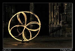 Flower (nhadda) Tags: fire burning burn spinning firespinning firedancing feu firejuggling firedancer firejuggler fireperformer jongleurdefeu