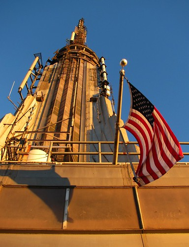 Empire State Building mast and flag