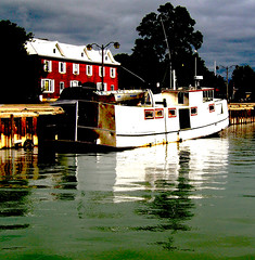 Harbour boat (Bill Pawlitzki) Tags: ontario boat photo fishing nikon flickr harbour most tugboat ever viewed 8800 meaford