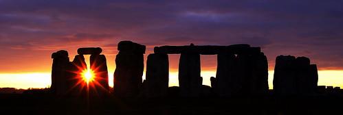 フリー写真素材, 建築・建造物, 遺跡, 夕日・夕焼け・日没, ストーンヘンジ, 世界遺産, イギリス, パノラマ,
