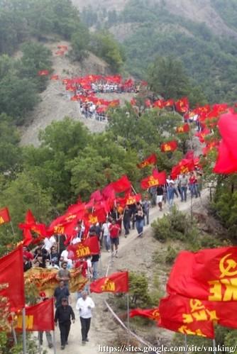 communist memorial2