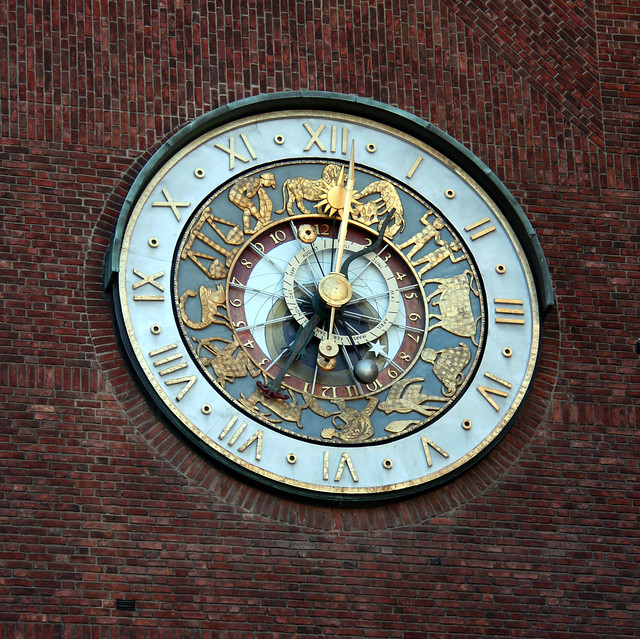 IMG_2980 Oslo City Hall clock