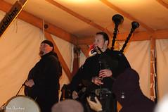 GeBu_2010_18153 (Gerd Burchard) Tags: christmas musician germany weihnachten deutschland musiker europa europe christmasmarket weihnachtsmarkt nrw nordrheinwestfalen bagpiper telgte dudelsackpfeifer