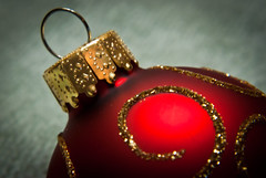 Red Bauble (The Suss-Man (Mike)) Tags: christmas xmas decorations red holiday macro georgia gold dof bokeh ornaments albany bauble decorated doughertycounty themered thesussman sonyalphadslra200 525of2010