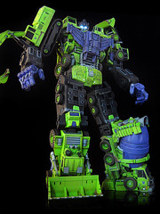Devastator (alt head 3) (frenzy_rumble) Tags: transformer hook custom commission fr autobot scavenger mixmaster decepticon scrapper lacquer kitbash devastator longhaul bonecrusher enamels houseofkolors frenzyrumble frenzyrumblecom procustomizers peaugh