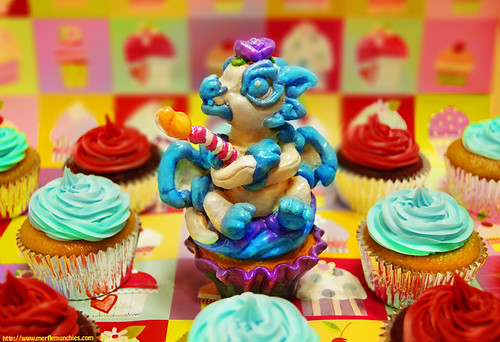 Fondant the birthday cupcake dragon whelp