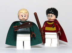 What's Harry Smiling About? (Oky - Space Ranger) Tags: lego bat harry potter poop match quidditch smelly draco beater malfoy 4737