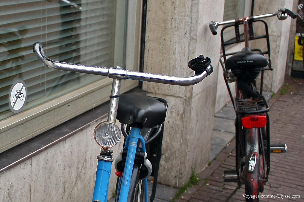 Il parait que c'est interdit de stationner son vélo…