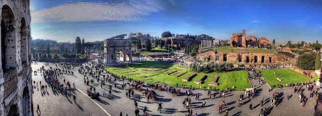 Colosseo in December