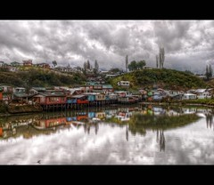 Palafitos HDR (3) (Phil Bleau) Tags: chile reflection landscape wideangle castro pilings hdr piles chiloé pilotis palafitos furioussky olympuse30 zuico918mm