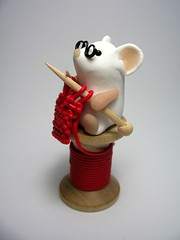 The Knitter of Leeds (Quernus Crafts) Tags: red wool mouse knitting pins mice reel polymerclayquernuscraftscute