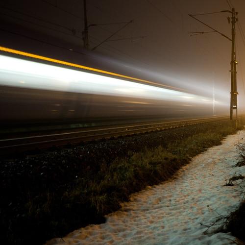 tåg på väg