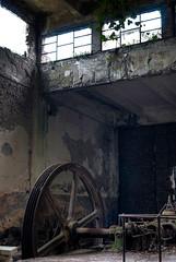 Storia di generazioni (scarpace87) Tags: old abandoned wheel dark lights war factory decay room wwii guerra industria hdr highdynamicrange ruota stanza corde abbandono 105mmf28 degrado corderia viserba