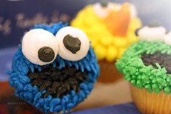 CupCake ~ ♥ (Q.Gemini ~ [QTR]) Tags: street sesame cupcake sesamestreet doha qatar do7a قطر الدوحه دوحه