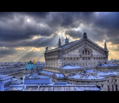 Opra Garnier (AO-photos) Tags: light sky paris france architecture clouds soleil nikon lumire ciel 105 18 nuages opra garnier hdr rayons toits d5000 achitectura