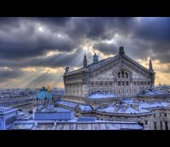 Opéra Garnier (AO-photos) Tags: light sky paris france architecture clouds soleil nikon lumière ciel 105 18 nuages opéra garnier hdr rayons toits d5000 achitectura