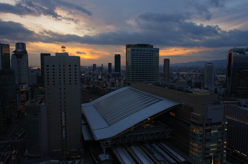 the view at dusk from Hankyu Grand Building (1)