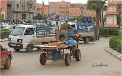 rush hour (mhobl) Tags: auto car cat traffic kutsche kutschen morocco karren verkehr morokko guelmim goulmim