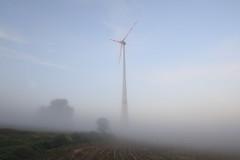 silent morning (Xtraphoto) Tags: nebel fog morning early frh windkraft windrad morgenlicht morgennebel feld field sptsommer landschaft landscape