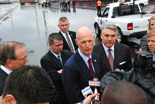 Gov. Scott visits the Port of Jacksonville - V