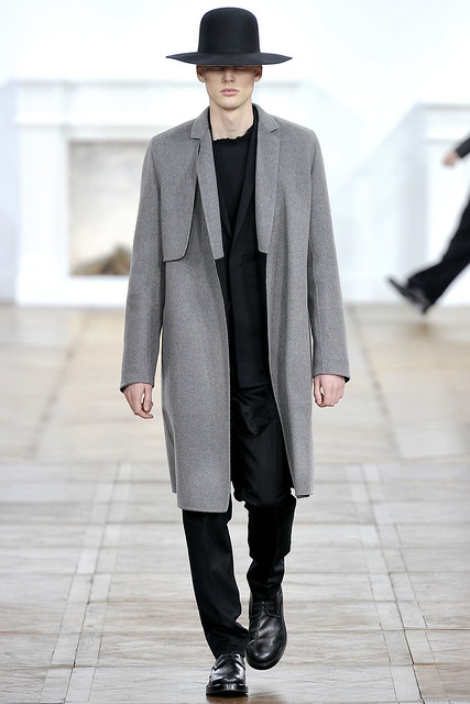 FW11_Paris_Dior Homme018_Peter Beyer(VOGUEcom)